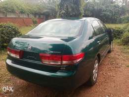 Tokunbo 2004 Honda Accord (v6+leather+remote key)