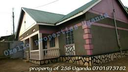 Semi detached 4 bedroom residentail house in namugongo at 800k