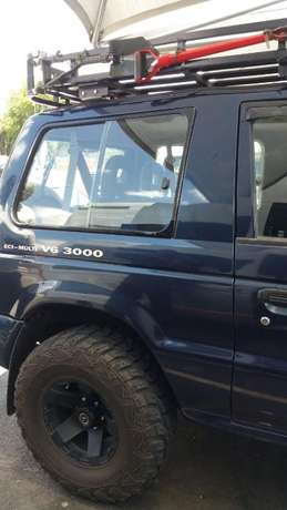 Pajero Glx Still In A Very Good Condition For Sale Johannesburg - image 6