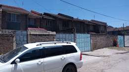 3 bedroom house with 2 DSQs for sale in Juja road estate