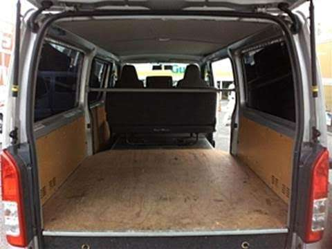 Toyota Hiace Van DX Long Just Low GL Pack 3000 Cc Mlolongo - image 5