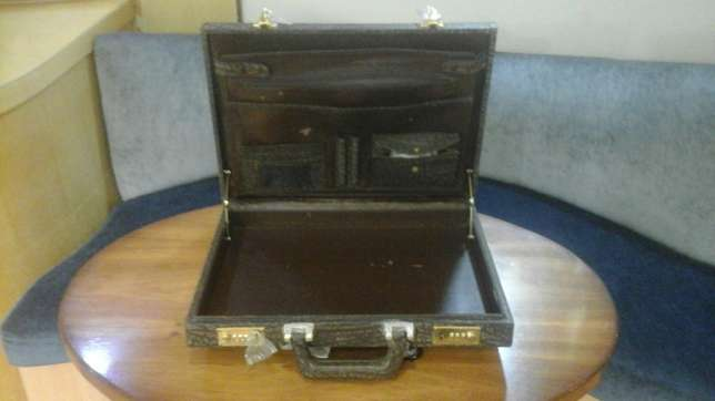 Leather briefcase Broadway - image 2