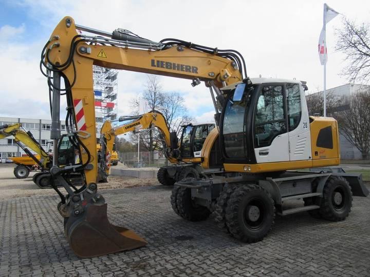 Liebherr A 308 - 2015