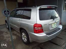 Extremely clean highlander 2003 model limited edition (toks standard)