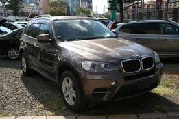 X drive 3.5si double sunroof BMW X5 2010 fully loaded