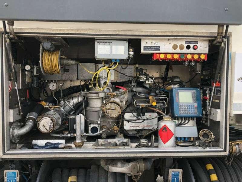 Volvo FM 410 Tankwagen ADR A3 Addi/Oben&Untenbefüllung - 2014 - image 10