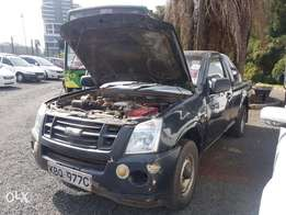 Isuzu dmax very clean in mint Condition