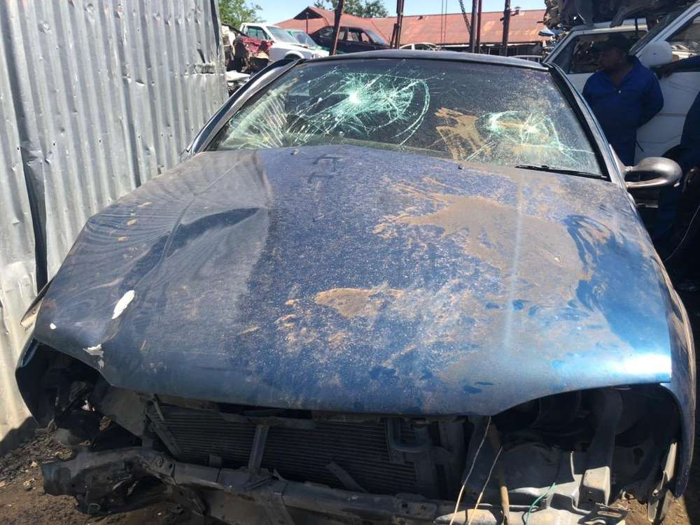 vw golf 3 -stripping for spares