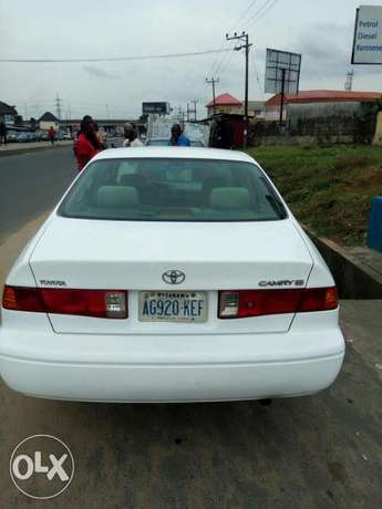 Toyota Camry for sell Moudi - image 3