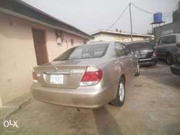 an extra clean newly reg 2005,camry,istbody very neat,buy n driv