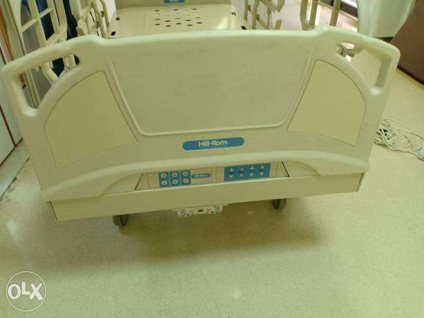 hill rom electric hospital bed with mattress