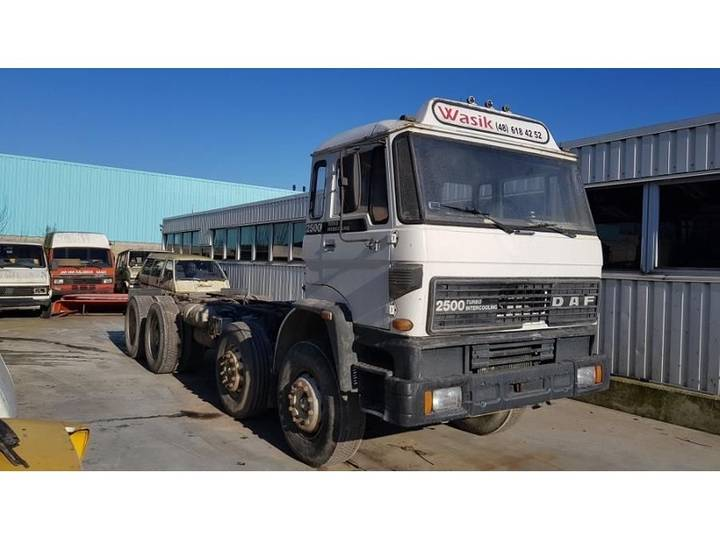 DAF 2500 8X4 CHASSIS CABINE MANUAL GEARBOX - 1983