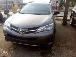 View Super clean Toyota RAV4 2015 model Lagos clear accident free