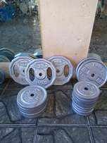 170KG Weight plates R16 Per Kilogram.sell as ONE set.