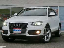 AUDI Q5 Quattro, Year 2009, - With Cream Leather and Panoramic Sunroof