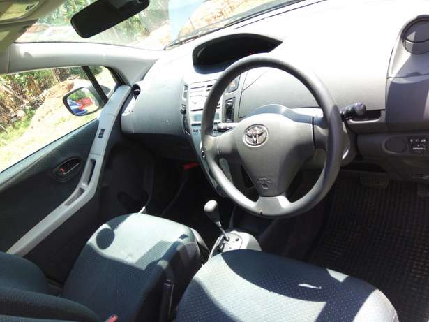 A clean buy and drive vitz Kericho Town - image 6