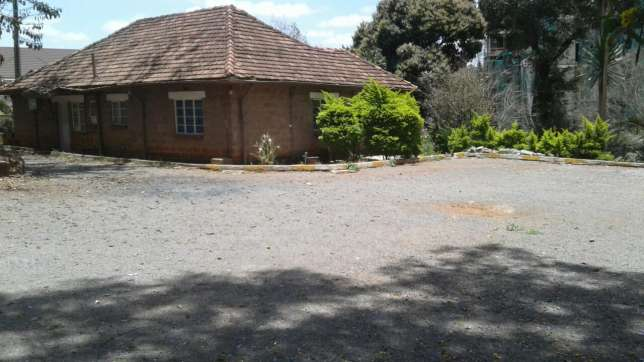 Westland Waiyakiway 0.75 Acre Land For Sale Nairobi CBD - image 3