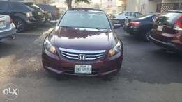 Honda 2010 Model 4 Cylinder Engine and Body of Car in Excellent Condit