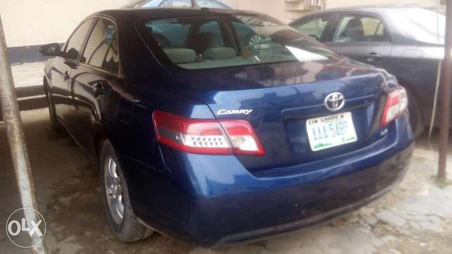 Fresh registered 2010/011 Camry available Lagos Mainland - image 1