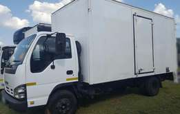2008 Isuzu 4ton NPR400 Volume Bin / Closed body with tail lift