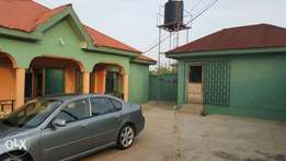 5 Bedrooms for sale