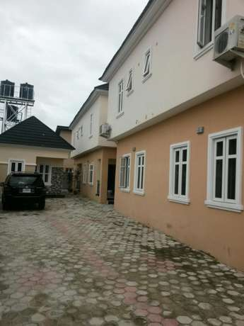 3 bedroom duplex in terra annex by golden park estate in ogidan, Lagos Eti Osa East - image 1