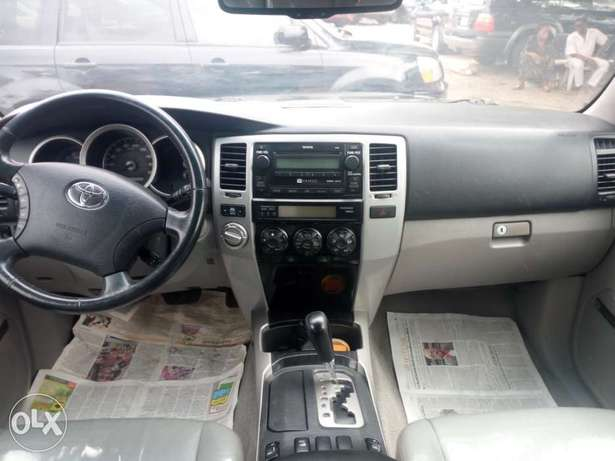 2008 Toyota 4runner black. Limited edition. Direct tokunbo Apapa - image 6