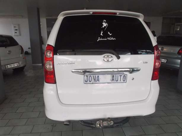 Pre Owned 2011 Toyota Avanza T 1.5 Johannesburg - image 5