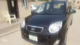 Super clean reg kia pincato 2008(brought brand new)
