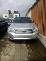 Very clean Toyota Highlander