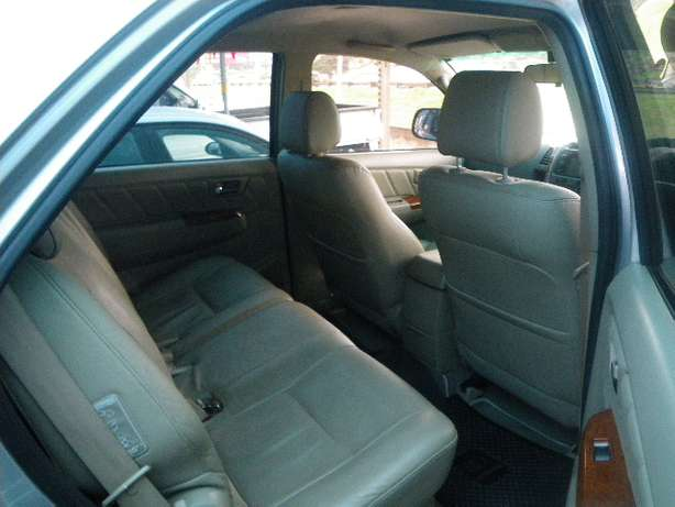 2011 Toyota Fortuner 3.0 D4D 4X4 7 Seater for R249990 Springfield - image 4