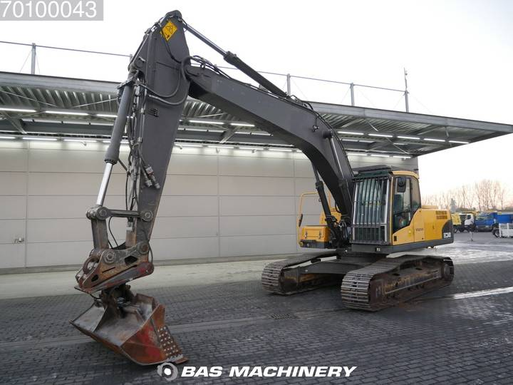 Volvo EC240C NL Nice and clean condition - 2009