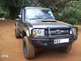 2008 Toyota LC Pickup, manual 4.5L turbo diesel V8 engine, super clean