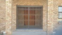 Manufacturers of Expandable Trellis Gates & Security Products