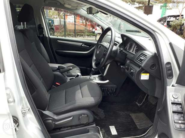Mercedes Benz B180 Kcn. New Arrival South B - image 5