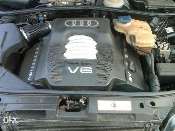 Clean Audi A4 2000 Model for Sale Lagos - image 4