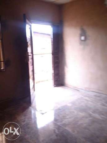 2 bedroom flat upstairs at olusesan adetula off masha, 600k 1y Surulere - image 1