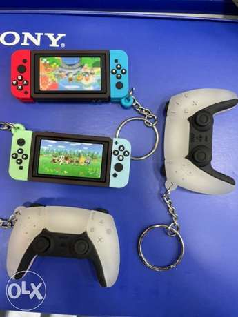 Keychains Nintendo Switch and Ps5 (New!)