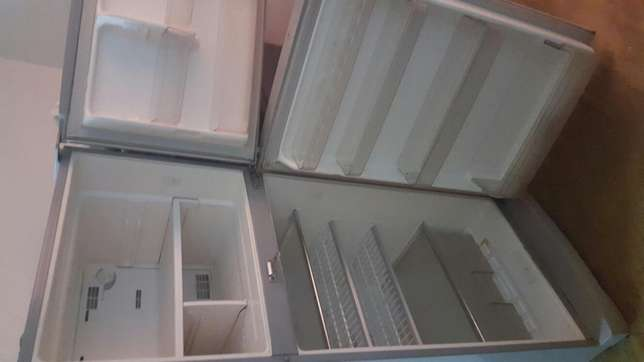 Good condition Sanyo fridge Mombasa Island - image 3