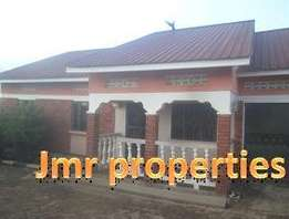 Huge 4 bedroom 3 baths bungalow for sale in Seeta at 130m