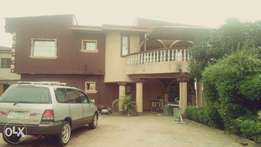 URGENT SALE of One Up One Down 3bedroom On a large Compound At Akute