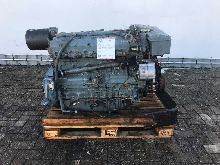 MAN Marine Diesel Engine - DPX-11736 - 1999 - image 2