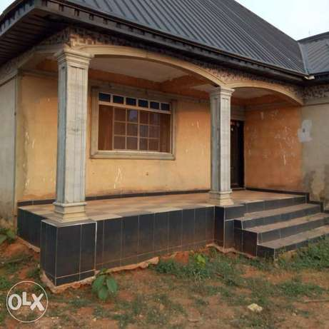 A 5bedroom bungalow,with pop on a 50ft by 100ft for sale Moudi - image 1