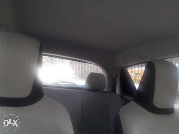 Quick Sale Vitz New Shape Mombasa Island - image 6