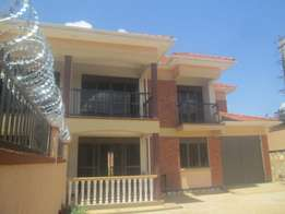 Classic 4 Bedroom stand alone apartment in Namugongo at 1.5m