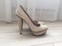 Туфлі - Жіноче взуття в Червоноград - OLX.ua a4f7042cd91ad