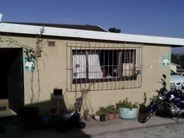 Room in house to rent R2200