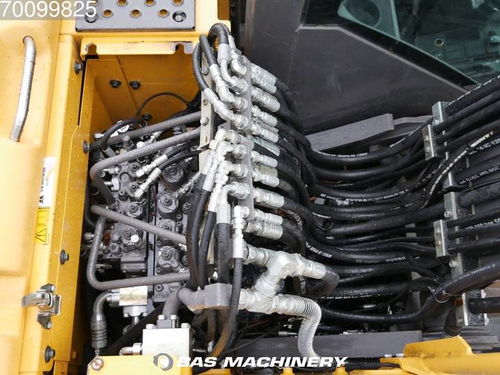 Volvo EW140C New tyres - all functions - 2010 - image 13