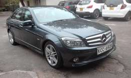 Genuine 35,000 Kms.. Rare 2500cc Turbo Diesel Engine.. Full AMG Kit..