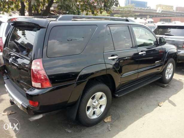 Foreign used 2005 Toyota 4runner. Limited edition. Direct tokunbo Lagos Mainland - image 7